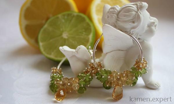 Желто-зеленые серьги