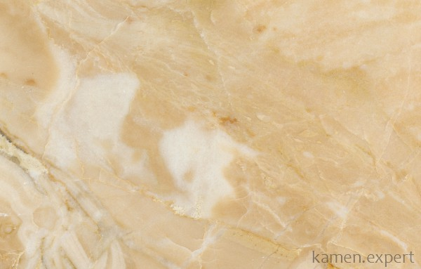 Желтый мрамор