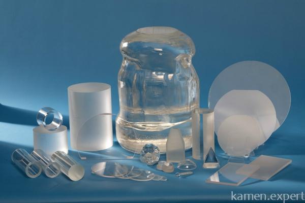 Искусственно полученные кристаллы