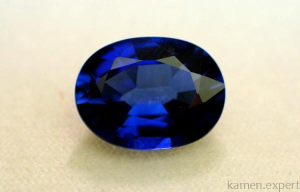 Искусственный минерал