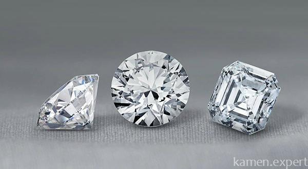 Ограненные прозрачные бриллианты