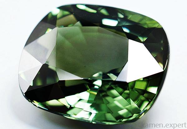 Зеленый корунд