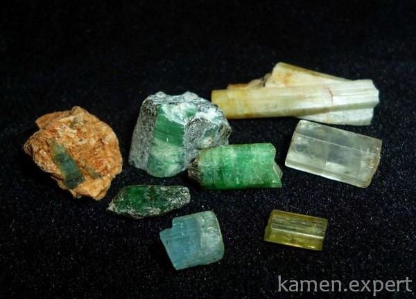 Разноцветные минералы