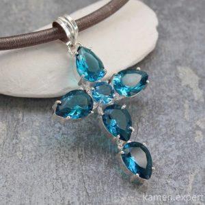 голубой кварц крестик