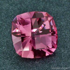 корунд кристалл
