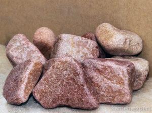 малиновый кварцит камни
